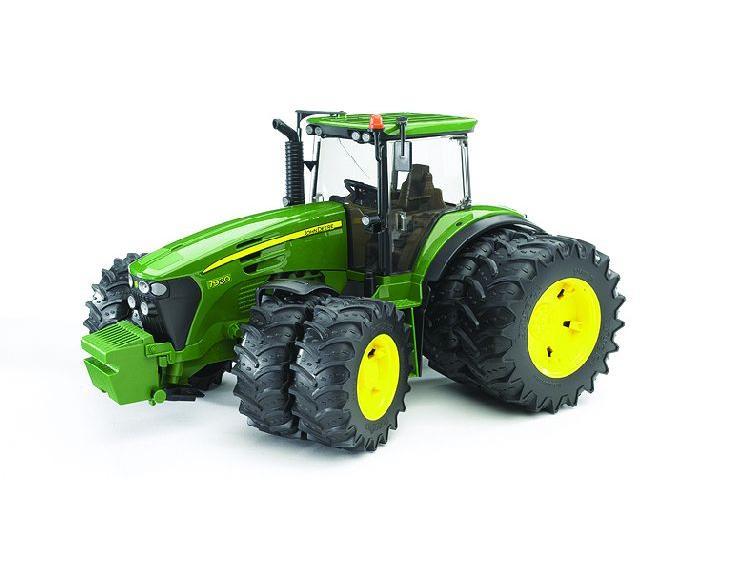 Traktor John D 7930 - Bruder